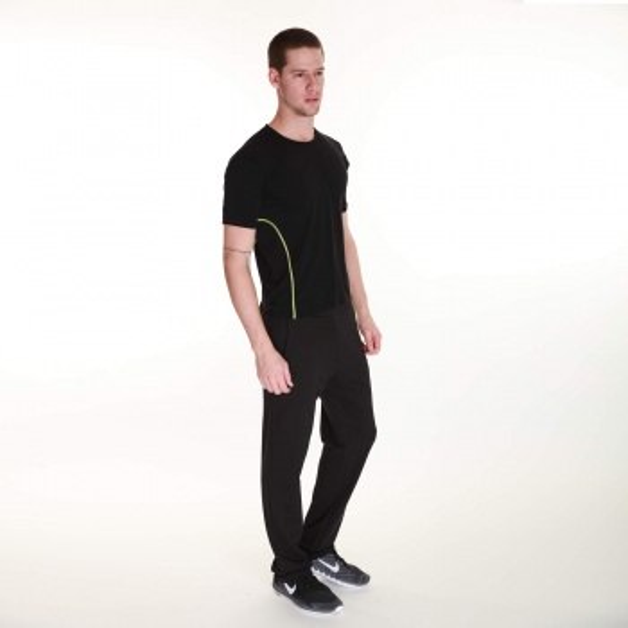 Sportive Erkek Bisiklet Yaka Siyah Tişört